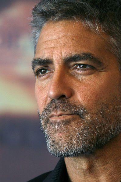 Le célèbre acteur hollywoodien, George Clooney, souffle ce vendredi ses 55 bougies.