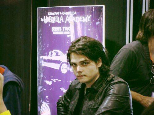 Gerard Way the man who never seems to age ever