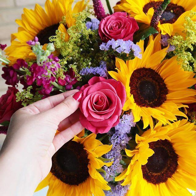 30 Mixed British Tulips Flowers Delivered Summer Stem Online Flower Shop