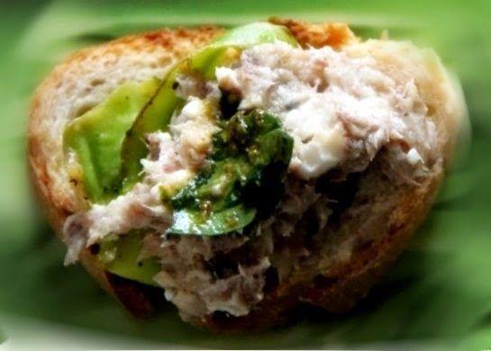 Эликсир молодости: Намазка бутербродная с кабачками, фетой и сардинам...
