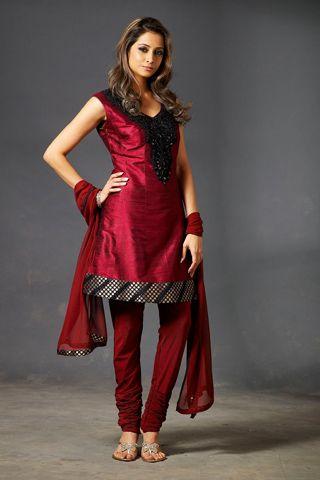 Shalwar Kameez: Colleges Girls Fashion, College Girls, Girl Fashion, Indian Dresses, Bollywood Fashion, Indian Clothing, Asian Girls, Fashion Trends, Salwar Kameez