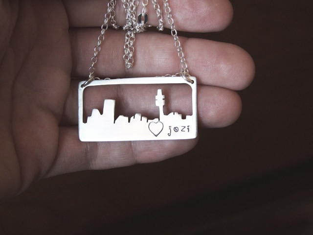 Now you can wear your favourite skyline round your neck. ;)