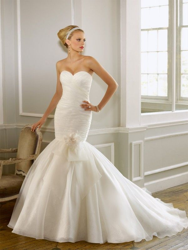48 best Fishtail Wedding Dresses images on Pinterest | Homecoming ...