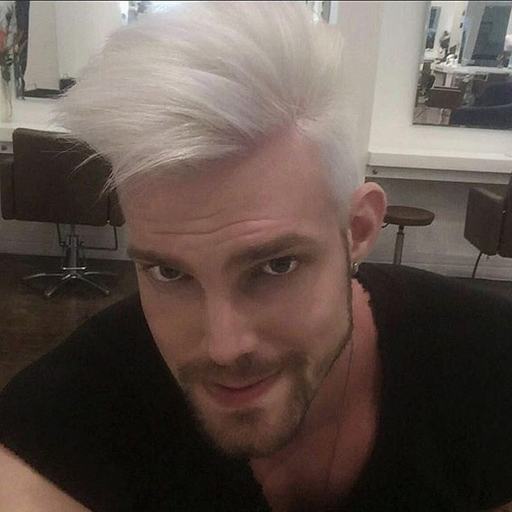 """""""This weekend I'll repost pic of my followers. Dm your pics for a chance of repost. My  friend @gilscavia whit his amazing silver blonde hair❤✂"""""""