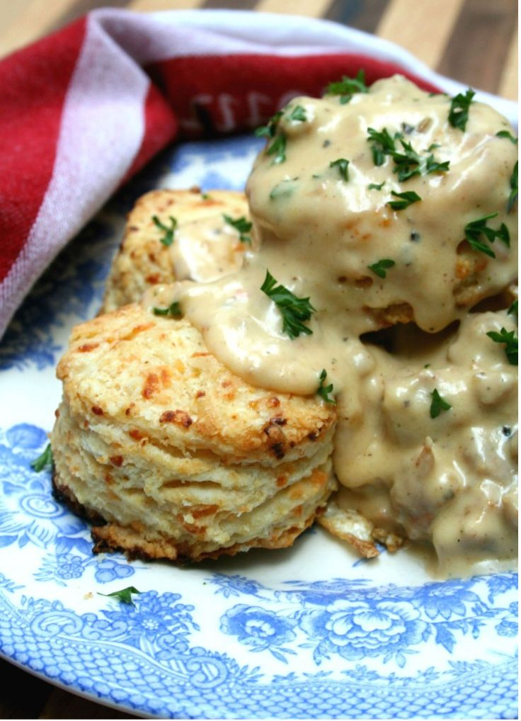 Homemade Cheddar Biscuits with Spicy Sausage Gravy