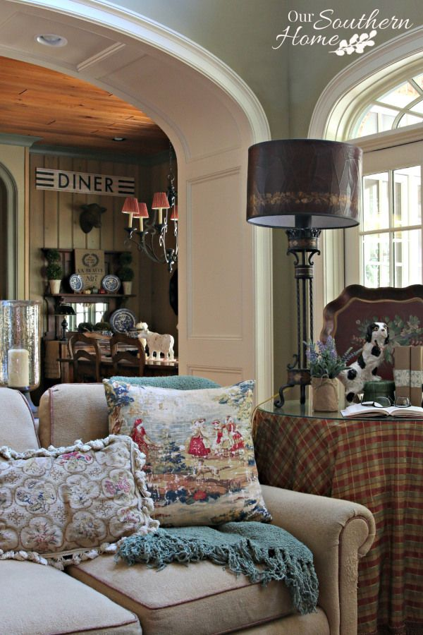 Cozy at home decorating home home decorating and home decor for Cozy cottage home designs
