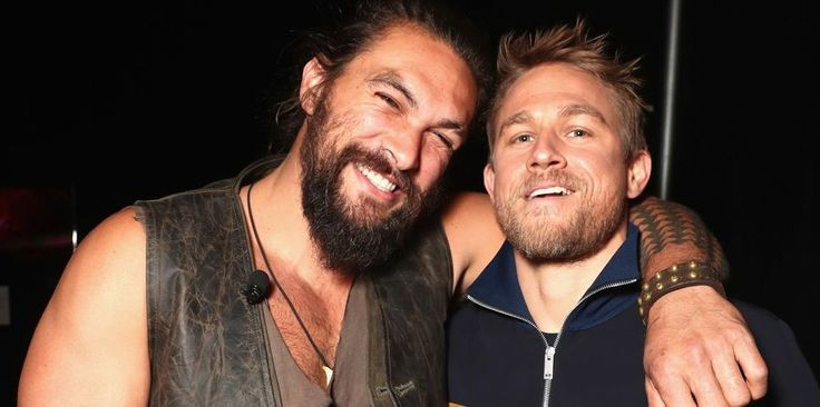 Charlie Hunnam and Jason Momoa were in the same room and our ovaries just exploded - CosmopolitanUK