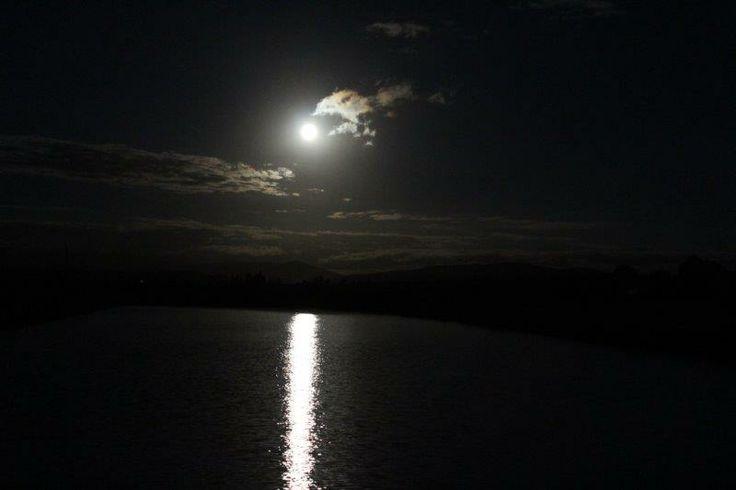 Die maan skyn so helder jy kan op Jupiter sien - Elmar