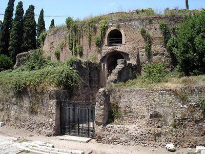 Romano Impero: MAUSOLEO DI AUGUSTO