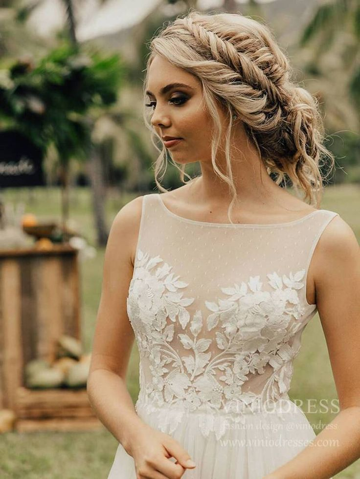 Simple A Line Tulle Beach Wedding Dresses With Lace Bodice Vw1403