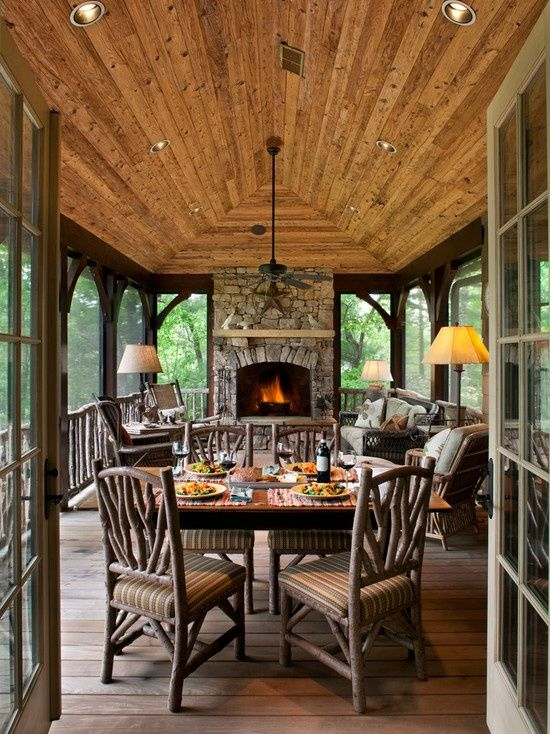 Rustic living/dining