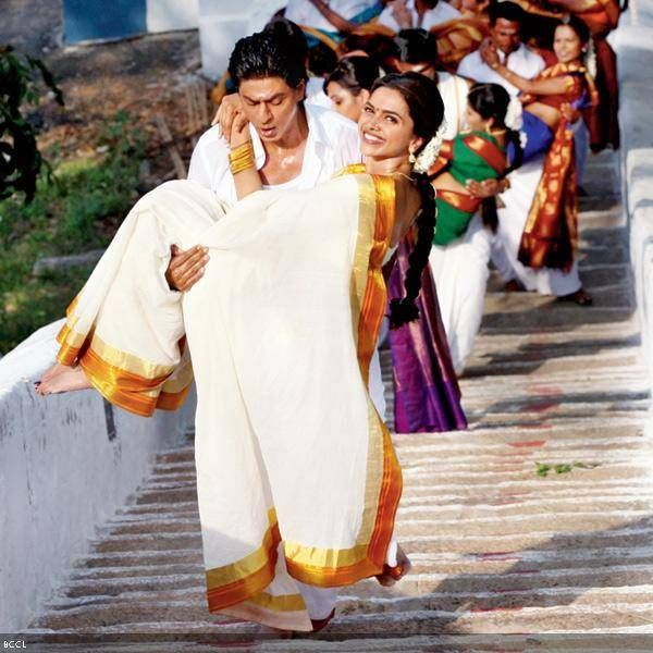 Shah Rukh Khan and Deepika Padukone in a still from the film Chennai Express.