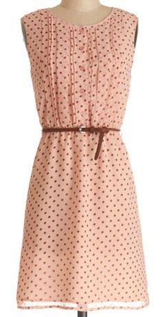 Cute polka dot dress http://rstyle.me/n/g26ymnyg6