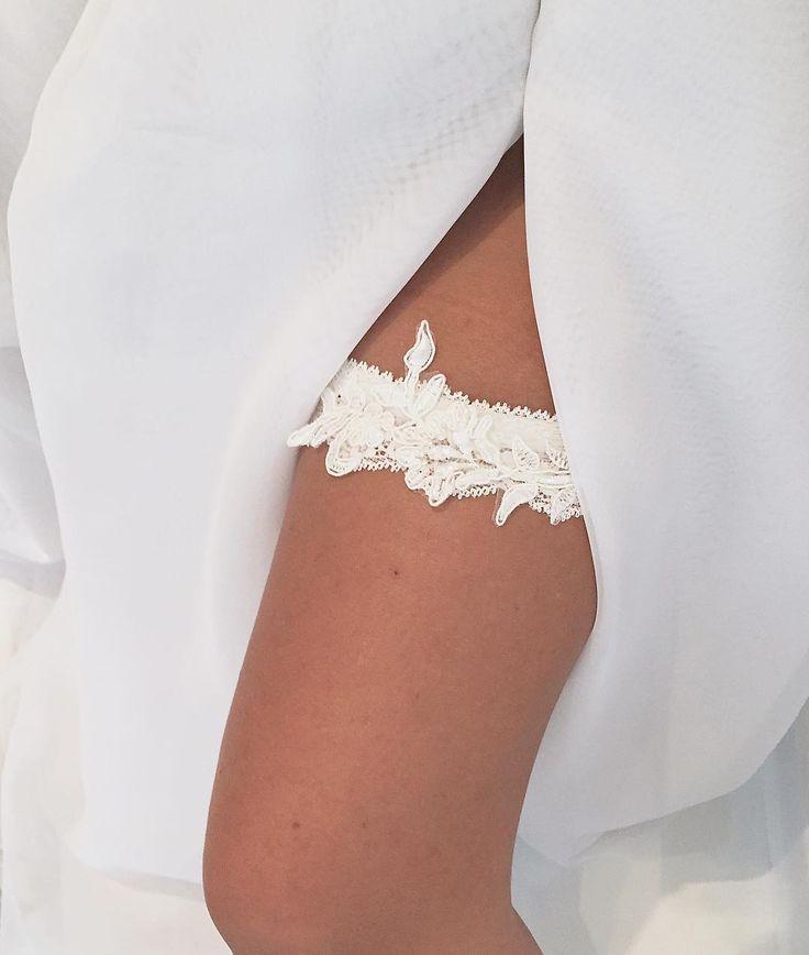 Zmysłowa  #podwiazka #slub #pannamloda #prezent #niespodzianka #woman #wedding #garter #bride #bridal #gift #wesele #podarunek #handemade #slubnepomysly #ozdobyslubne #slubneinspiracje #kobieta #koronka #weddingidea #milosc #wieczorpanienski #dodatkislubne #bieliznaslubna #lingerie #trojmiasto #musthave #sukniaslubna #zareczyny #podwiązkadlapannymłodej