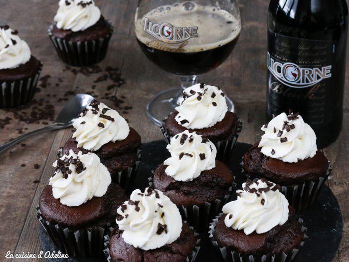 Une recette de cupcakes au chocolat et à la bière Licorne Black facile et rapide à réaliser. Vous allez adorer!