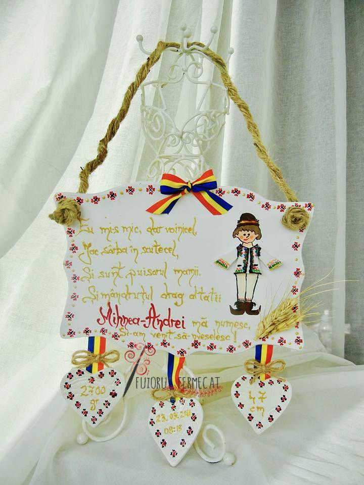 Placutele decorative sunt un mod inedit de a transmite un mesaj de suflet celor dragi, de a personaliza un eveniment, sau pur si simplu de a oferi un cadou unic si original.