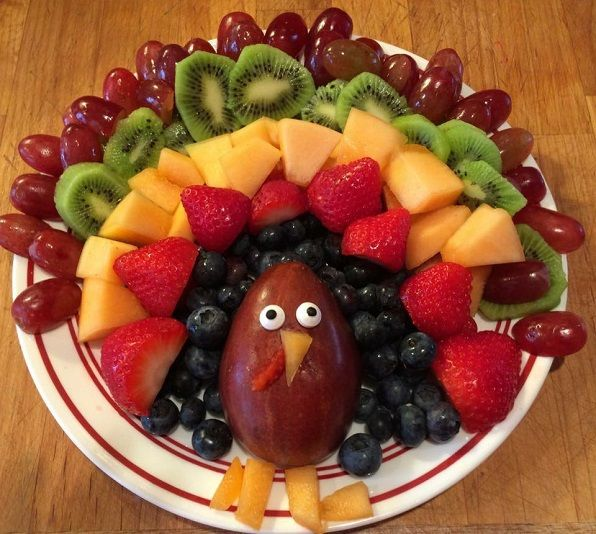Here's a cute idea from Diane…she made this fruit turkey with her kids for Thanksgiving dinenr! Do a layer of grapes, kiwis, strawberries, and blueberries. Then use a pear or other fruit for the turkey's body. Add some candy eyes and cantelope feet/beak! Make sure to follow Crafty Morning on Facebook, Pinterest, and Instagram or …