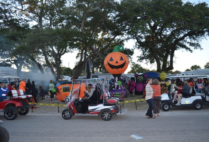 """Halloweekends golf car pile up at a """"spooky"""" site"""