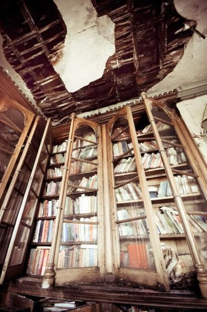 Image: Josephine Pugh. Paradise Lost: The Crumbling English Manor House Where…  Micoley's picks for #AbandonedProperties www.Micoley.com