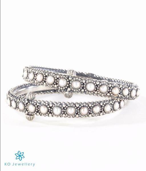 The Varsiddhi Silver Pearl Bracelet     #bangle #puresilver #silver #wedding #bridal #indian #ethnic #KOJewellery #bling #festive #pearl