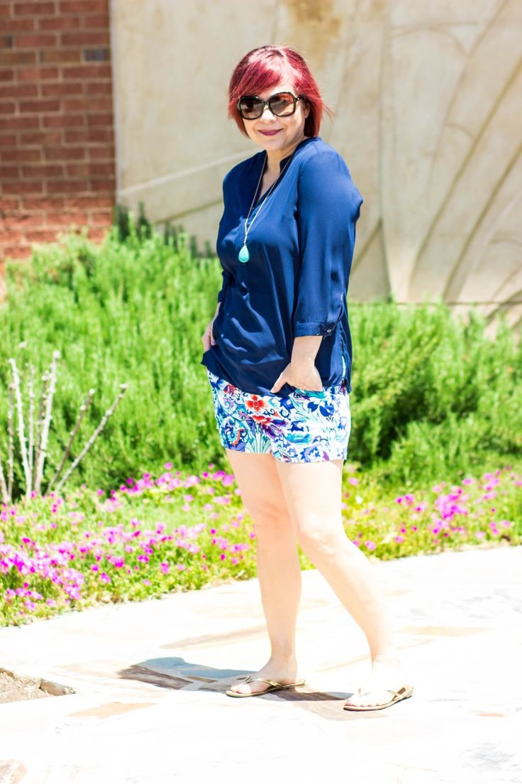 Nicole Miller Shorts, Patterned Shorts, Navy shirt, gold sandals, turquoise pendant necklace, short looks for women, summer looks, over 40 fashion