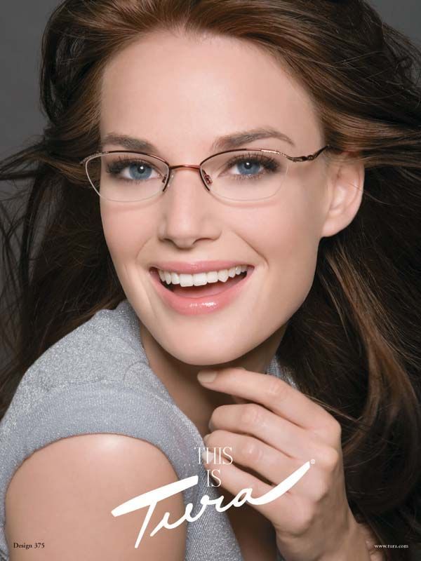 Women s Eyeglass Frames For Small Faces : Best 25+ Women in glasses ideas on Pinterest Womens ...