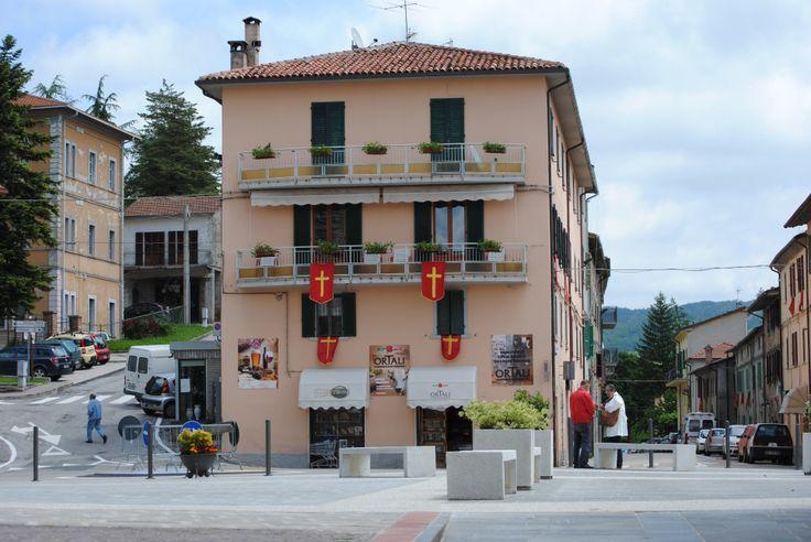 Piazza 7 Maggio Pietralunga  #pietralunga #casaleilsogno #vakantie #holiday #umbria #italia