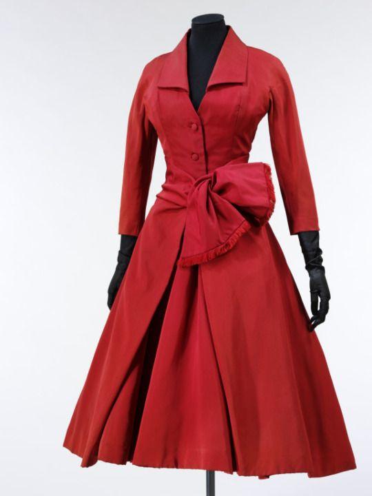 Ecarlate, Christian Dior, 1955, The Victoria & Albert Museum