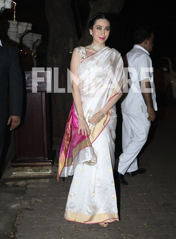 Check out these 5 pictures of Karisma Kapoor looking undeniably gorgeous!