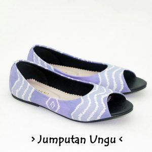 The Warna Shoes – Jumputan Ungu