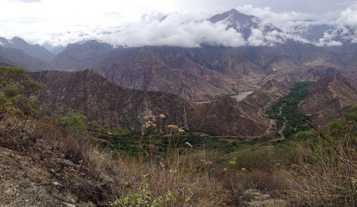 https://flic.kr/p/B6ZUcb   Marañon Valley 6409_ Balsas (North Perú)