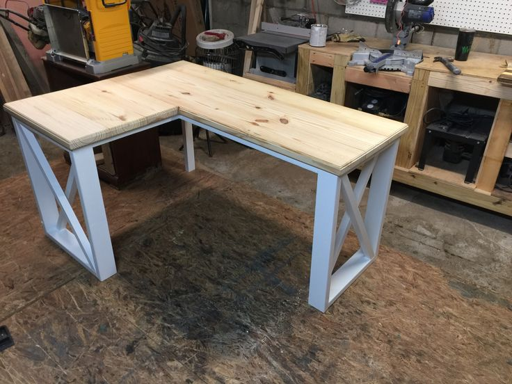 L-shaped desk created using 2x4's and 2x8's | diy ...
