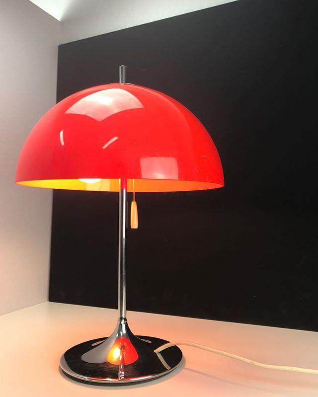 Last pick of today and what a jewel - rare danish Frank Bentler produced in the late 1960s  #brooklyn #sydney #sunday #frankbentler #madeindenmark #danishdesign #sydney #melbourne #redhook #brooklyn #nyc #losangeles #design #mcm #midmod #midcentury #modernism #vintage #spaceage #danishdesign #retro #rarefind #paris #london #interior