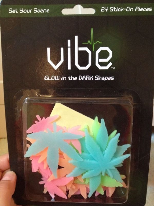 24 Pieces Glow In The Dark Pot Leafs Weed Marijuana Drugs Decor Spencers