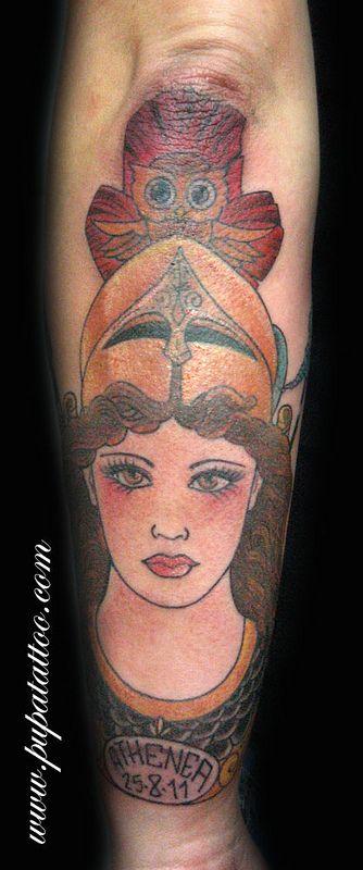 Tatuaje Atena Pupa Tattoo Granada