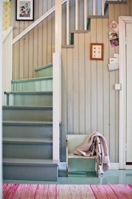 Eteinen on ensimmäinen huone, jonka vieras näkee - kannattaa siis satsata sen ilmeeseen.
