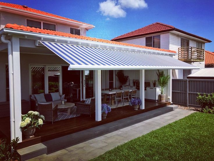 Helioscreen Cassette 8m Folding Arm Awning In One Profile. Dickson Blue And  Cream Blockstripe8556 Marine. When Blended In With The Right ...