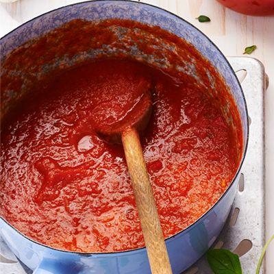 Verse tomatensaus (basisrecept) . Hoofdgerecht, 4 personen