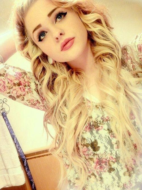 Blue hair girls eyes blonde with tumblr