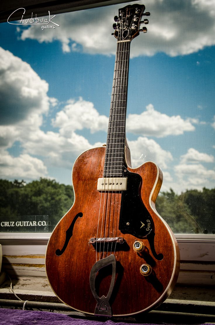 128 best images about guild electric guitars other on pinterest rockabilly cordoba and. Black Bedroom Furniture Sets. Home Design Ideas