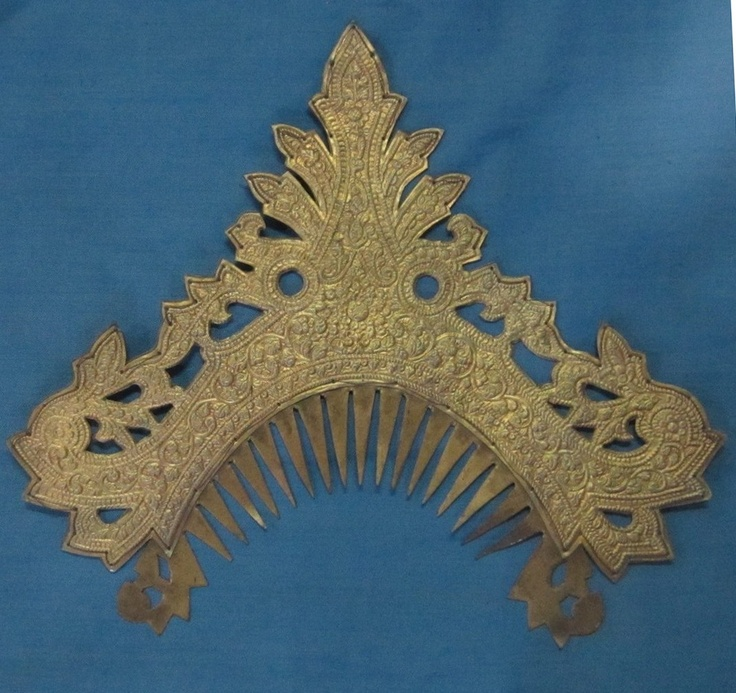 Old gilded silver comb from Lampung, South Sumatra, Indonesia www.kulukgallery.com