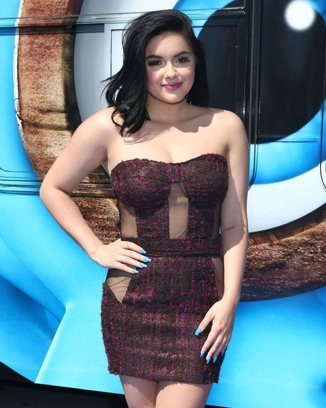 Ariel Winter  Smurfs: The Lost Village Premiere in Los Angeles #wwceleb #ff #instafollow #l4l #TagsForLikes #HashTags #belike #bestoftheday #celebre #celebrities #celebritiesofinstagram #followme #followback #love #instagood #photooftheday #celebritieswelove #celebrity #famous #hollywood #likes #models #picoftheday #star #style #superstar #instago #arielwinter