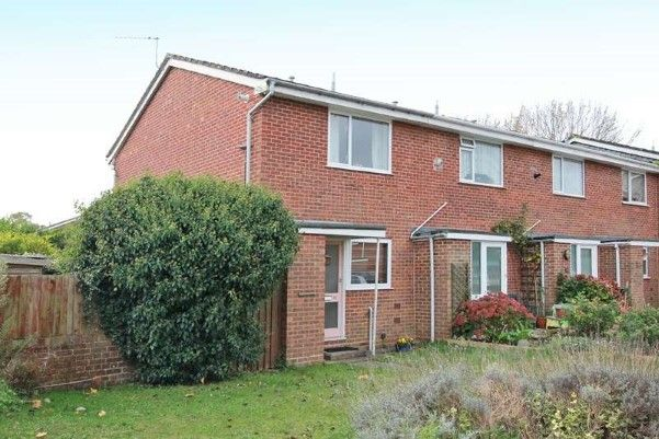 Property of the week!  2 bedroom end of terrace house for sale in Christchurch, Dorset BH23 http://www.placebuzz.com/property-for-sale/details/9232030?list=Search_Results&rank=1&age=0&loc=31951&var=LocalityExact&dimension=Dorset+|+Christchurch