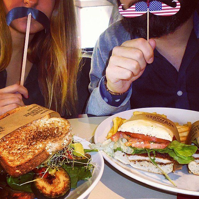 Una tarde incríble para probar los #Sándwiches #Americanos! Feliz Semana Santa!
