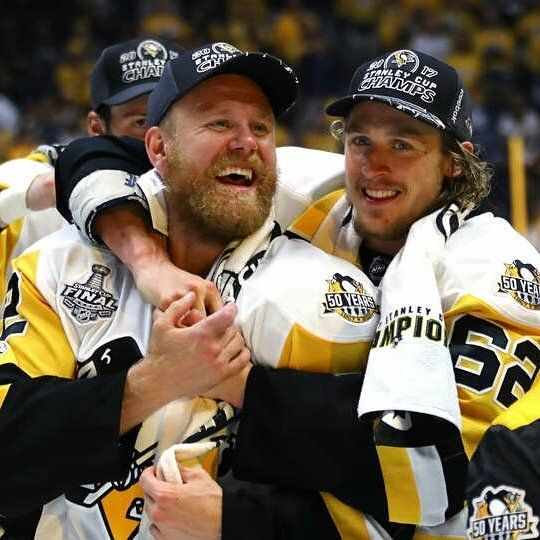 #carlhagelin #patrichornqvist #pittsburghpenguins #penguins #hockey #nhl #stanleycup