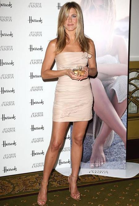 Jennifer Aniston  you like this dress?