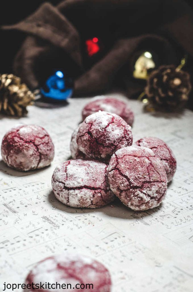 Vegan Beets Cookies / Red Velvet Crinkle Cookies, beetroot and chocolate flavored soft and chewy crinkle cookies make a perfect christmas / new-year gifts or gift to your loved ones on valentine's day. They suit all special occasions because of their lovely dark red color.