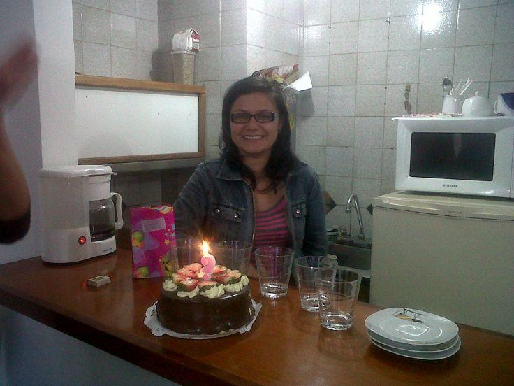 Diana García de celebración de cumple por allá en el 2010... estaba llegando apenas a los 20's.