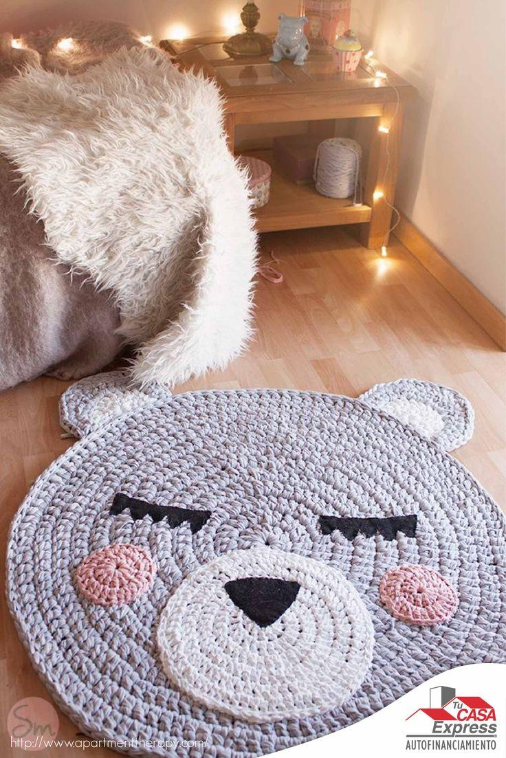 Esta temporada transforma tu decoración con alfombras o tapetes tus espacios, una idea es tejerlos con hilos gruesos de estambre.
