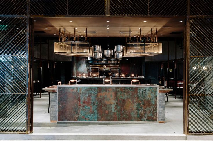 Il ristorante Penny Drop, disegnato dallo studio Golden a Melbourne, in Australia, e il Westlight bar progettato da Studio Munge a New York sono i vincitori dell'ultima edizione dei Restaurant&Bar Design Awards.